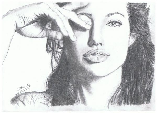 Angelina Jolie por SILVIA.MH.